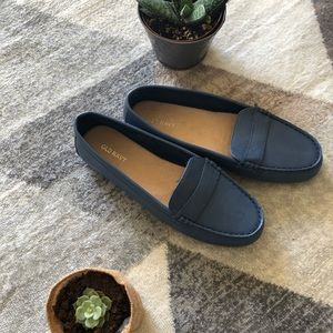 Old navy loafers !